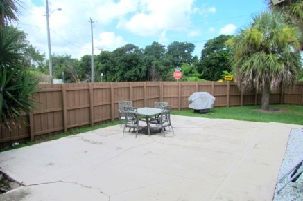 backyard/ patio