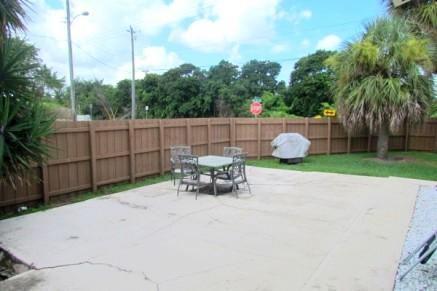 backyard/ patio